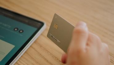Spłata karty kredytowej – ile wynosi minimalna kwota spłaty?